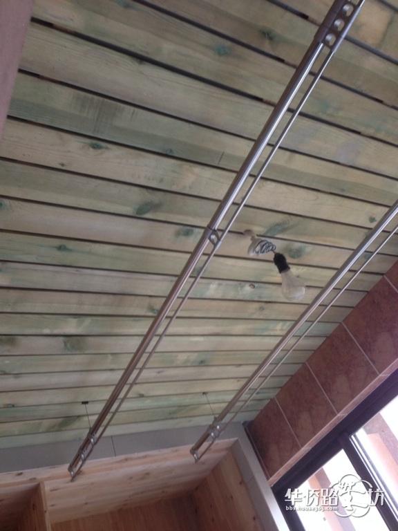 角花吊顶图片欣赏 防腐木吊顶施工工艺 白色防腐木吊顶
