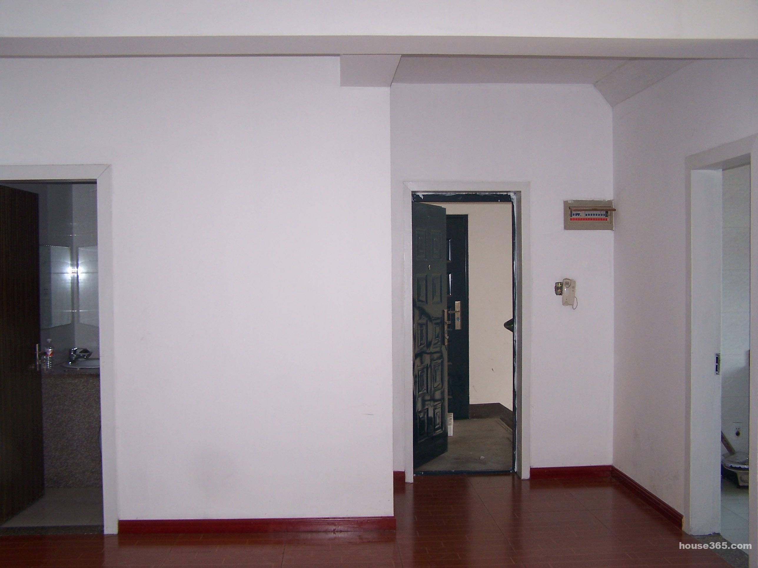 【瑶琳镇三室一厅装修套房出租