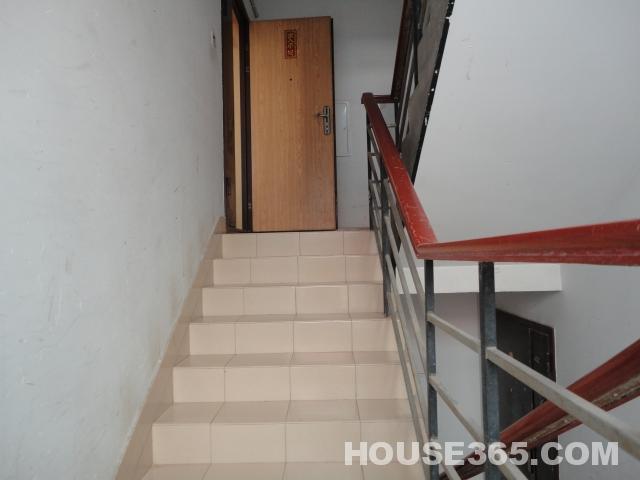 农村自建三室一厅带楼梯结构图