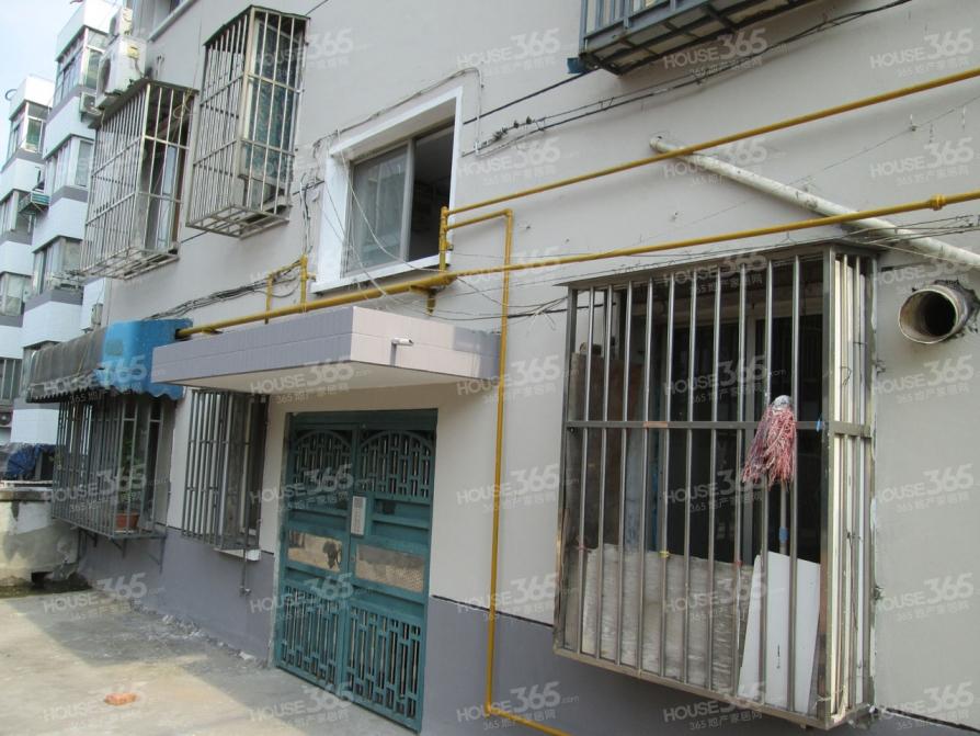 瑞阳街1号小区2室1厅1卫85.2平米2000年产权房简装