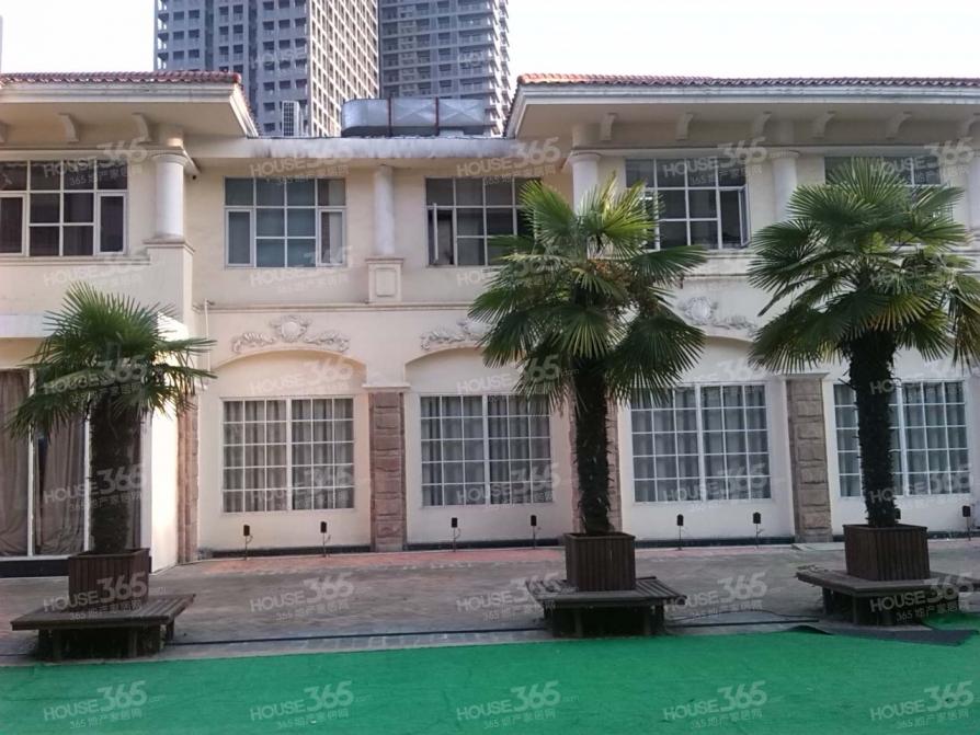 蜀山脚下+董铺水库+环境优+新加坡花园城+123平+急售+190万