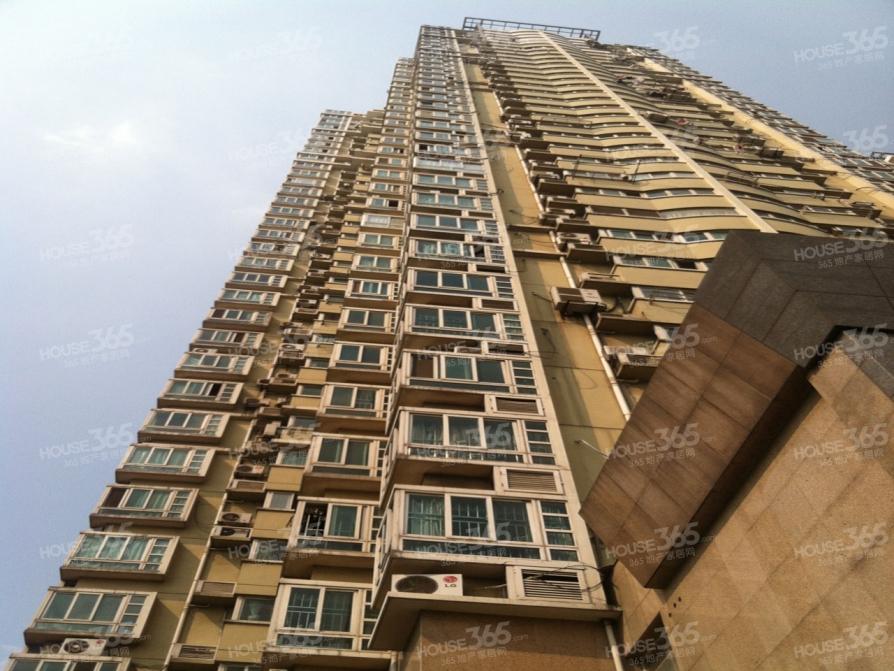 百合果园4室2厅2卫156平方树人学区不占用产权房
