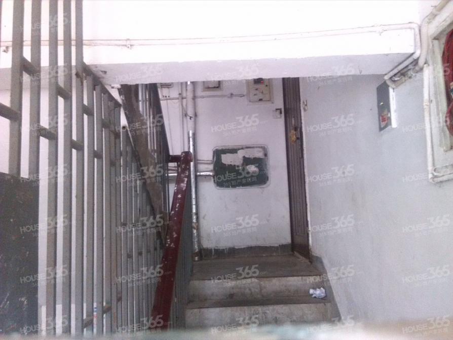 东元山庄2室1厅1卫78.48平米2000年产权房精装