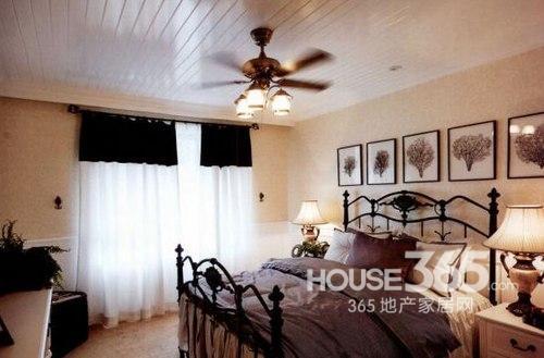 欧式卧室装修效果图:白色主调的小户型欧式